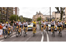 Ford_2017_Tour_de_France_Yellow_1
