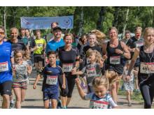 Som deltager i Klovneløbene i Sønderjylland er man med til at støtte Danske Hospitalsklovnes arbejde for indlagte børn.