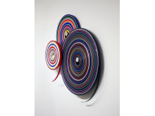 »TARGET/Wall_Ensemble«, 2017, 3x PVC-Farbbänder, 3x Aluwellen ca. 140 x 140 x 20 cm