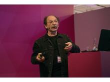 Boris Berlins karriär spänner över 40 år och han har vunnit flera internationella priser för sin design.