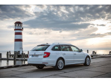 SKODA Superb FL