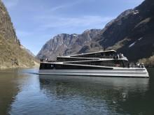 Первый в мире полностью электрический катамаран Future of The Fjords