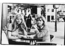 På café i Paris 1969, till vänster: Eva Swedenmark