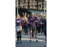 Grant Thorntons vd Peter Bodin välkomnar medarbetare i mål
