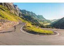 Radfahrer unterwegs auf dem Klausenpass bei Spiringen © Schweiz Tourismus : Andreas Gerth