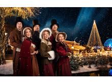 Lisebergs julkör uppträder varje dag på Lilla Scenen i Hamnområdet