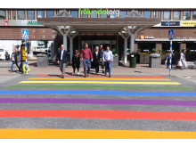 Centrumledningen på Frölunda Torg under West Pride