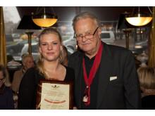 Christer Borg med vinnaren av 2013 års pris, Årets Pölse