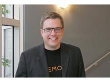 Memotos automatiska kamera i miniatyrformat  ger alla ett fotografiskt minne- Martin Källström VD