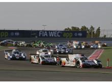 WEC Bahrain 2015 - Audi R18 e-tron quattro #7, Marcel Fässler, André Lotterer, Benoît Tréluyer - Audi R18 e-tron quattro #8, Lucas di Grassi, Loïc Duval, Oliver Jarvis