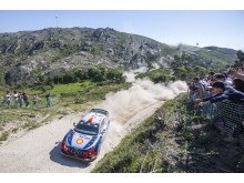 Hyundai Motorsport segrade i Rally de Portugal.