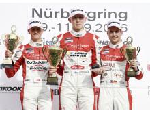 Nicklas Nielsen på podiet i Audi Sport TT Cup