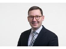 Kuvassa Veli-Matti Järvinen, Schneider Electricin teknisen määrittelyn tiimin johtaja