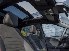 2019_FORD_KUGA_PANORAMIC_ROOF