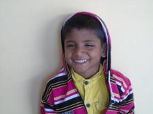 Imraj 7 år Fotograf Arundhati Bhaltacharjee copy Sightsavers