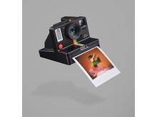 Polaroid Originals_OS+_Angle-Right_Light-Painting