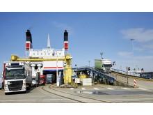 Entladung der MS Skåne in Rostock