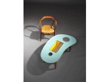 "Finn Juhl: ""FJ 44"" armchair and unique coffee table (1944-45)"