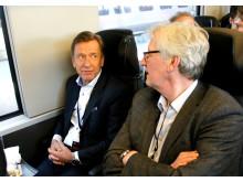 Volvos VD, Håkan Samuelsson, med på tåget