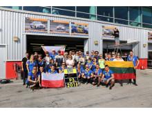 Hela teamet med alla sponsorer RTG Racing Polska 3:e plats i klass A3 Dubai 24H 2016