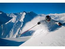 Powderfahren in der Silvretta Arena, Samnaun (Graubünden).