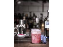 Absolut lanserer Absolut Originality akkopagnert av cutting-edge cocktails.