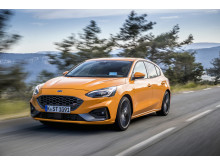 Ford Focus ST Station Wagon_Magnetic Grey