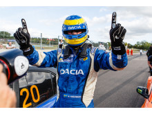 Mattias Andersson tog hem segern i det andra racet