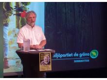 Miljöpartiets Peter Eriksson höll tal på Stora Nolia.