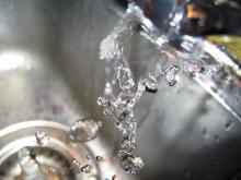 Spara på vattnet i värmen!