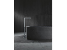 AXOR_Uno_Free-standing_Bathtub_Filler_Chrome