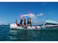 Fire mødre i en båd - Foto 05