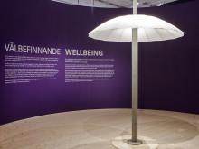 Paraply på lyktstolpe - visas i utställningen Reprogramming the City på ArkDes