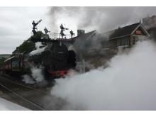 No. 5. Locomotives à vapeur et navires