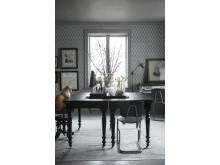 Wallpaper Viola Design: Karolina Kroon