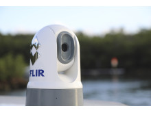 High res image - FLIR - M100 & M200 Compact Thermal Camera Installed