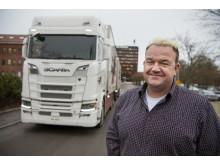 Vendelboe Speditions nye lastbil på fabriksbesøg