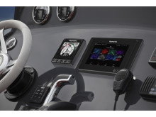 High res image - Raymarine - Upgrade from e-7 to Axiom 7