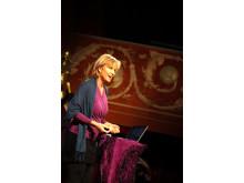 Engagerade Sanna Ehdin Anandala gör sin sista live föreläsning i Stockholm