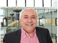 Simon Safari, ordförande Hyresgästföreningen region Stockholm
