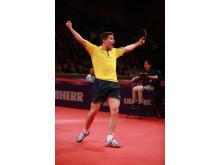 Segergest Kristian Karlsson efter seger mot Dimitrij Ovtcharov på World Cup