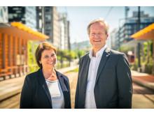 Sporveissjef Cato Hellesjø og Marianne Vik, leder for trikkeanskaffelsen og CFO i Sporveien