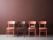 Lady Pure Color 2846 Bordeaux stolar i olika glansgrader, Jotun/Lady
