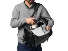 Camera_BackPack_Lowepro_Photo_Active_BP_300_LP37255-PWW_side_Access_4C
