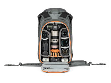Lowepro_Camera_BackPack_Whistler_BP_450_AW_LP37227_Stuffed_Canon580