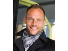Lars Backström, vd Västtrafik, vill omdefiniera vad kollektivtrafik innebär.