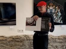 Bernd Sannwald präsentiert sein Photobuch