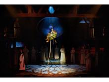 Disneys Ringaren i Notre Dame. Bild från Fredericia Teater. Foto Søren Malmose