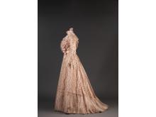Rosa klänning, 1901
