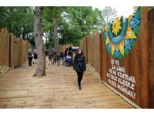 Zoo Leipzig - mäandernder Holzsteg in Südamerika
